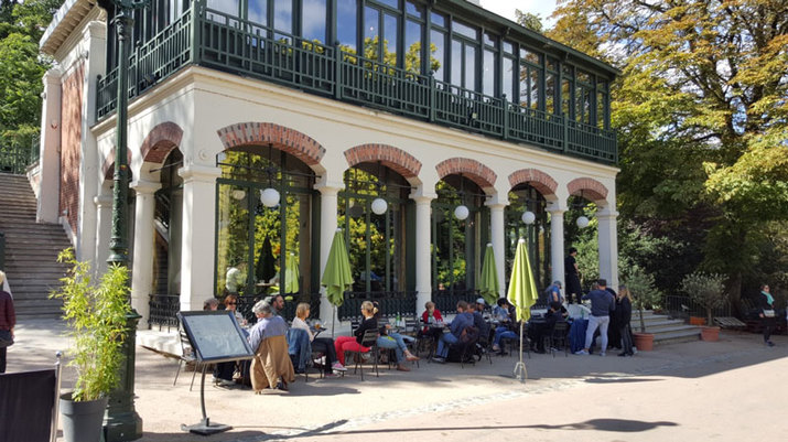 cafe-bar-buttes-chaumont.jpg